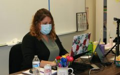 Daisy Arias, Spanish teacher, teaches lessons during a recent Zoom session.