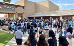 BOHS freshmen gather in front of the quad for the annual Link Crew orientation on Aug. 11. Link leaders guided freshmen throughout the campus and led team work activities to help freshmen become more comfortable in the new school environment.