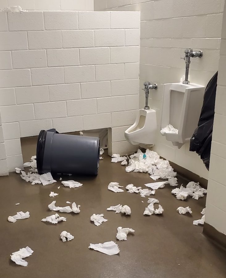 A+boys+bathroom+ransacked+by+BOHS+students+inspired+by+the+%23deviouslick+TikTok+challenge.+According+to+Dr.+Brad+Mason%2C+superintendent%2C+September%E2%80%99s+challenge+to+mess+up+a+toilet%2Fvandalize+a+restroom+resulted+in+damage+to+some%0Acampuses+restrooms+and+encourages+even+more+egregious+behaviors.